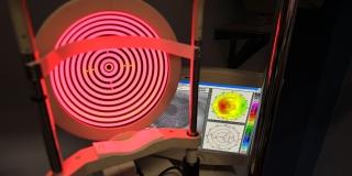 Keratograph zur individuellen Vermessung des Auges